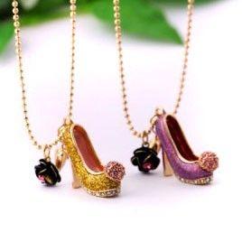 High heels  texture necklace www.dearoy.com  $9.9