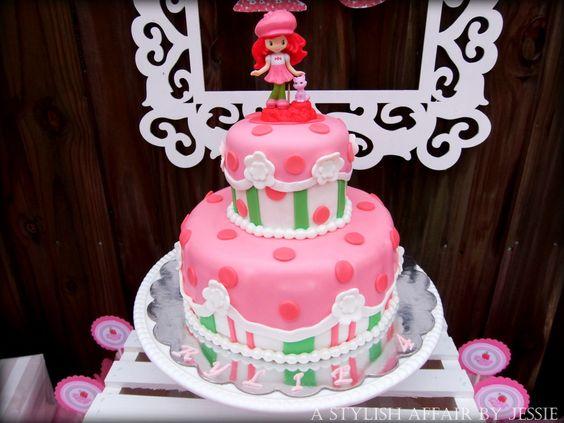 Strawberry Shortcake Birthday Cake - amazing! #cake #birthdayparty