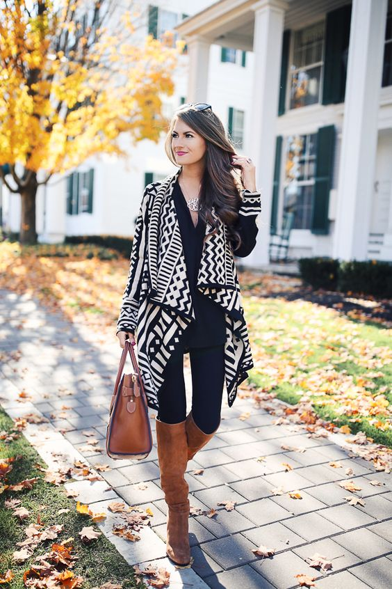 Stunning outfit - black and white with brown!