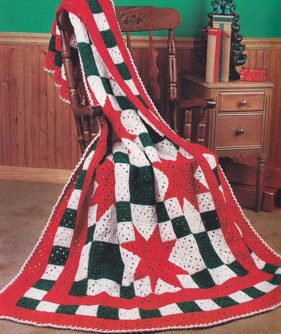 Knitting Quilt Magazine : Christmas afghan crochet patterns quilt or plaid