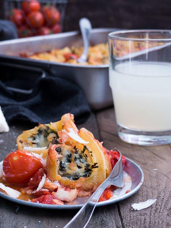 Pasta ist eines unserer Lieblings Gerichte, und Spinat, Hähnchen und Ricotta passen einfach super dazu.   Pasta ist aber auch wirklich ...