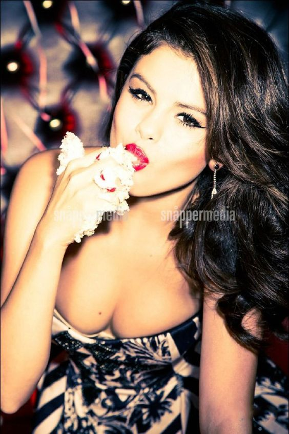 Selena Gomez Cosmopolitan Photo Shoot 2014 | Selena Gomez ...