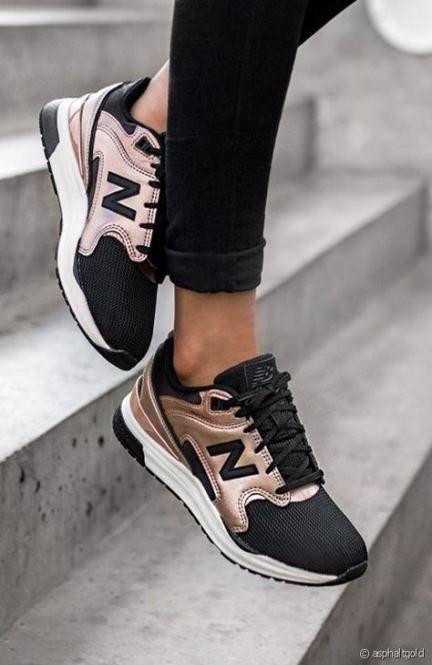 Pin van Freija op mooi in 2020   Schoenen sneakers, Schoenen