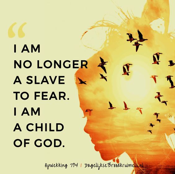 I'm no longer a slave to fear. I am a child of God. Opwekking 794 #Angst, #God, #Kinderen, #Opwekking  https://www.dagelijksebroodkruimels.nl/opwekking-794/: