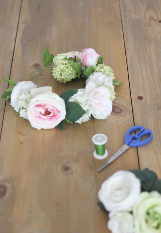 DiY flower crown // DiY couronne de fleurs // La mariée aux pieds nus