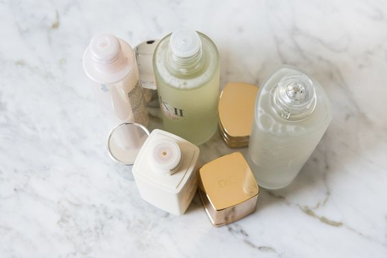 Maybe you've heard of it, maybe you haven't...here's a quick and dirty rundown of what you need to know about the skincare staple, Korean essence: