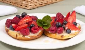 Maple Berry and Cream Bagel