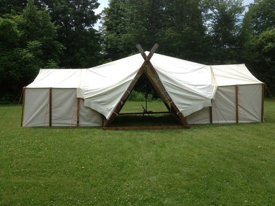 Baron Bragg combo viking tent with two wall tents. Very clever.