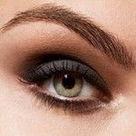 48d587e5-3a8e-43e1-b218-8f5cc711f260_eyebrow-shaping_detail