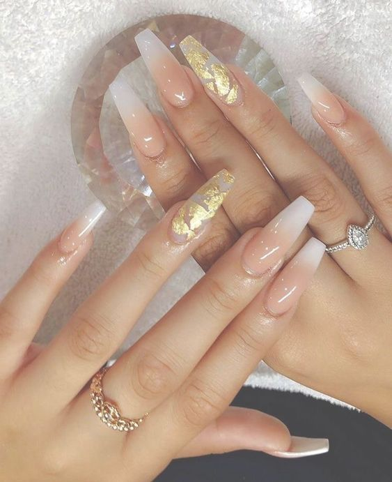 70 Attractive Acrylic Coffin Nails To Try This Fall Koees Blog Gold Nails Gorgeous Nails Long Acrylic Nails