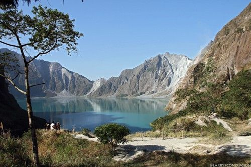 This is a lake  on Mt. Pinatubo crater....I will visit this place  to savor the magnificent scenery, to take  a plunge into the lake and to cross the lake to the other side of the crater......