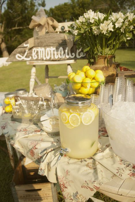 shabby chic lemonade table.   #health #nutrition #diet #fitness   Here's How You Can Stay Hydrated on Your Wedding Day!   Function Mania