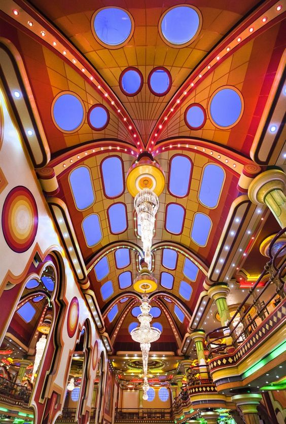 Bolivia Aymara folklor futurist architecture
