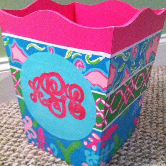 Lilly waste basket