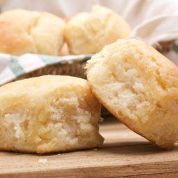 Grandma S Buttermilk Biscuits Recipe In 2020 Southern Buttermilk Biscuits Homemade Biscuits Biscuit Recipe