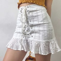 50 Women Short Skirts That Make You Look Fabulous outfit fashion casualoutfit fashiontrends