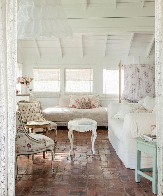 Shabby chic home decor -Amy Neunsinger Photography