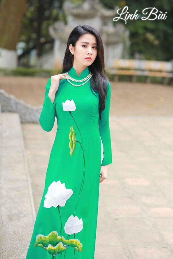 Chọn áo dài đẹp nhất trong ngày trọng đại của con gái 3a0f9facb3b9e617e62b4cc98219e32b