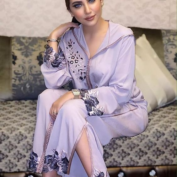 Jellabalux On Instagram Jellabalux نرحب بكم في عالم الجلابيه المغربية الاصيلة متخصصين Morrocan Fashion Moroccan Clothing Moroccan Fashion