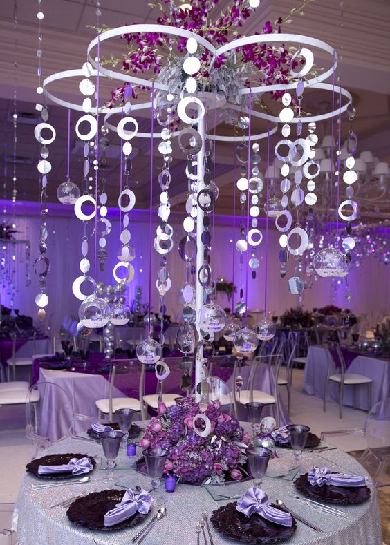 Gorgeous and grand high table centerpieces with flair