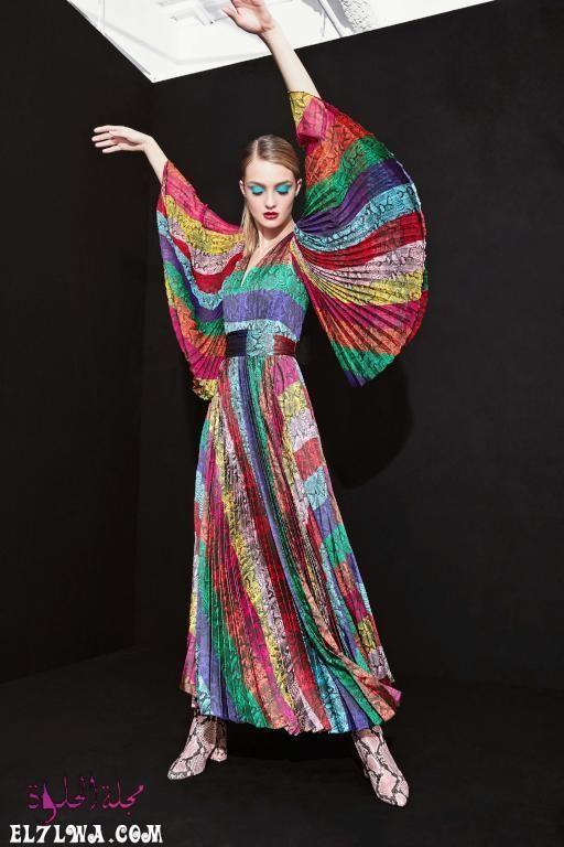فساتين سهرة محتشمة 2021 صور فساتين محجبات 2021 تبحث المرأة العربية العاشقة للإطلالة المحتشمة وال Fall Fashion Trends Rainbow Fashion Fall Fashion Trends Women