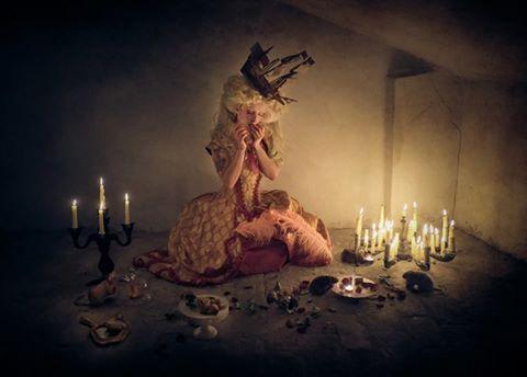 Photographer: dennis ziliotto photography  Designer: Orologi Silenziosi - Timeless Couture  Stylist/Makeup/Model: Roberta Pazzesque Garbin  #darkbeauty #DarkBeautyMag #fashion #photography