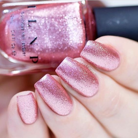 47 Pretty mix and match pink nail art designs - nail art design ideas to try ,mix and match pink and glitter nail art ideas #nails #nailart #manicure #pinknail #glitternails Pretty bright sparkle pink nails