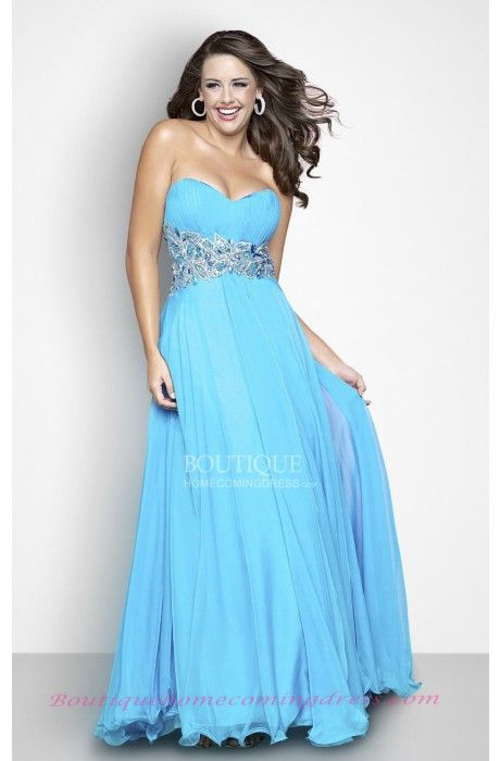 Light Sky Blue Prom Dress #boutiquehomecomingdress #plussize #prom #plussizepromdress