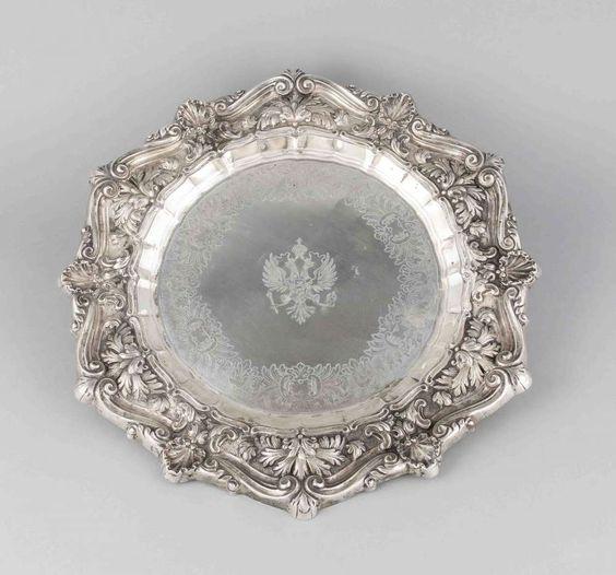 Große Platte, punziert Rußland, BZ u. MZ undeutl., Silber 84 zolotniki (875/000), passiggeschweift — Silber: Sterling, Besteck, Jensen