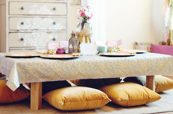 Love these low tables at the genie-themed party! #Kidsparty: