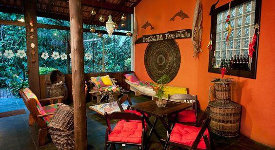 R$250 A Pousada e Restaurante Fim da Trilha está cercada por jardins, e fica a apenas 5 minutos a pé das praias oceânicas da Ilha do Mel.