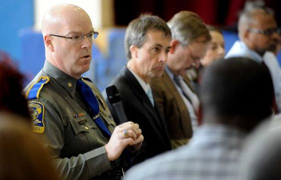 Sandy Hook Lead Investigator Dies Suddenly at Age 49 Posted on June 21, 2014
