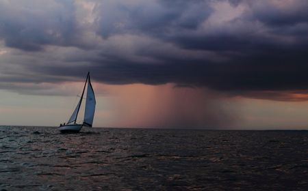 Before the Storm Photo by Timothy Wenzel -- National Geographic Your Shot