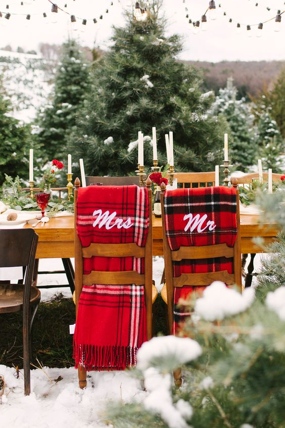 Christmas wedding ideas - photo by Alicia King Photography http://ruffledblog.com/christmas-tree-farm-wedding-inspiration-with-tradition