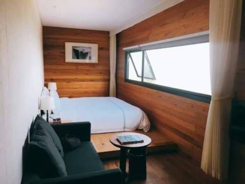 20ft-40ft-custom-shipping-container-house-home-office-cabin-557AUD-square-meter  | Granny Flat | Pinterest | Square meter, Cabin and Squares