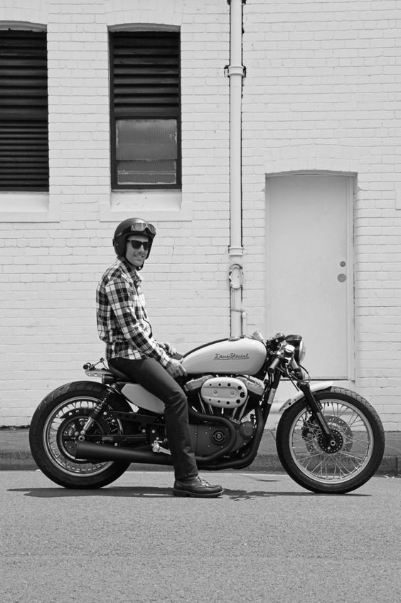 The science behind the style: our resident pro designer reveals how to build a Harley cafe racer as good lookin' as this one from Deus Customs. Read our guide at http://www.bikeexif.com/build-harley-cafe-racer