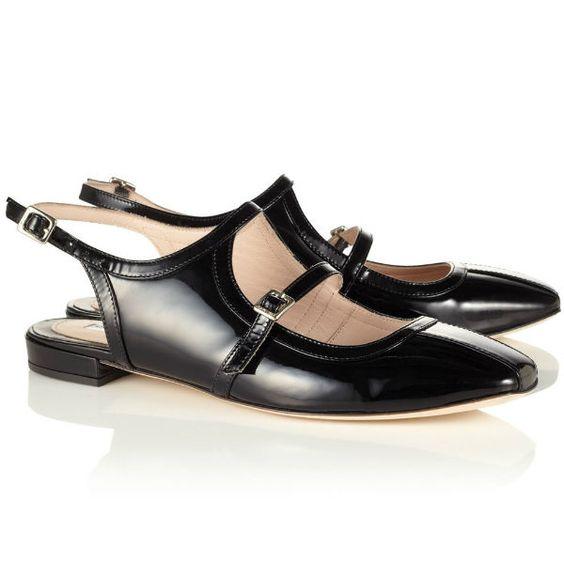Black Patent Leather Shoes von Carven
