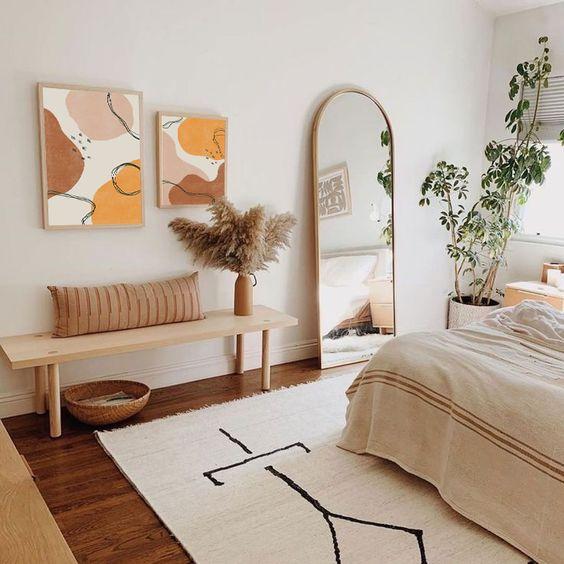 ナチュラルインテリア 寝室 コーディネート例 ベンチ カゴ アート 鏡