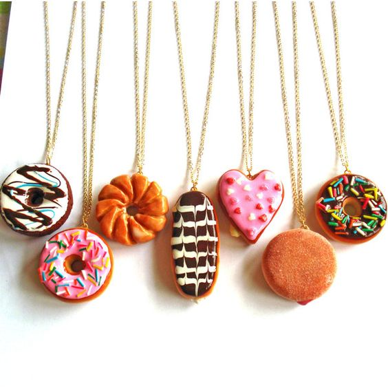 Donut Necklace, Large Doughnut Pendant Necklace, Kawaii Necklace,... ($25) ❤ liked on Polyvore featuring jewelry, necklaces, pendants & necklaces, clay necklace, clay pendants, clay jewelry and pendant jewelry