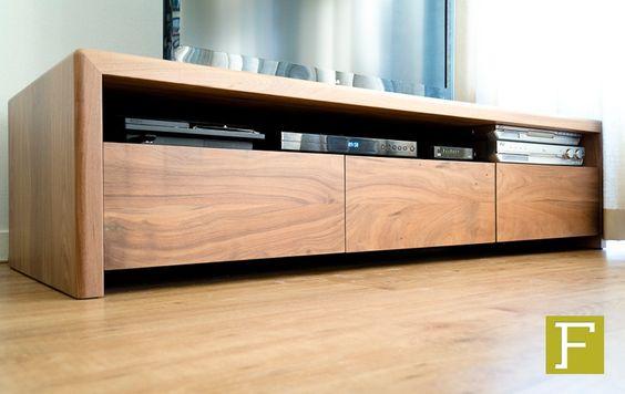 Slaapkamerkast Met Tv : tv meubel dressoir maatwerk design meubelmaker ...