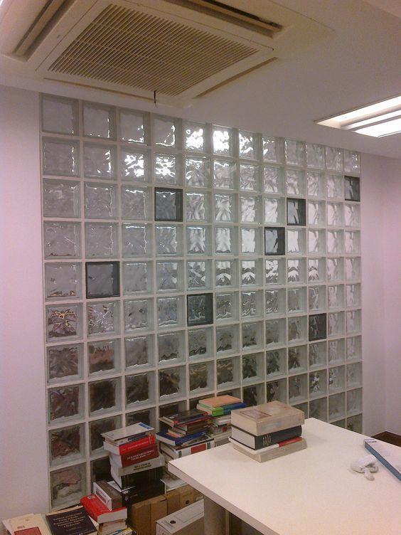 Divisi n de oficinas con bloques de vidrio ideas - Bloques de paves ...