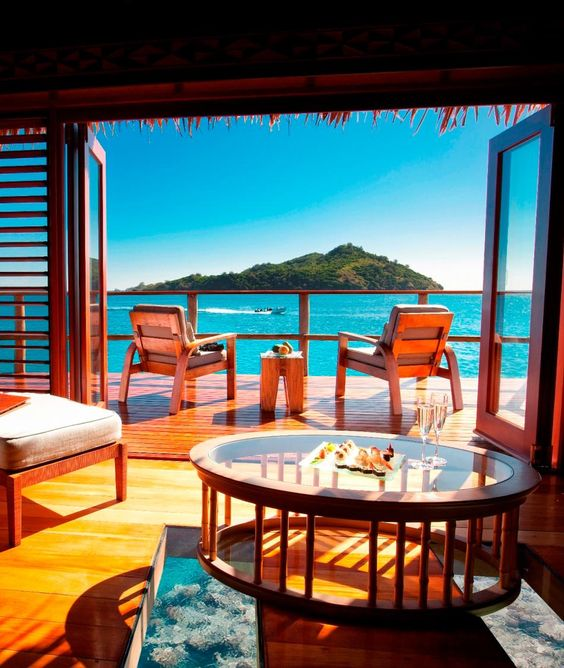 23 Most Outrageous Ocean Views from Your Hotel Bed