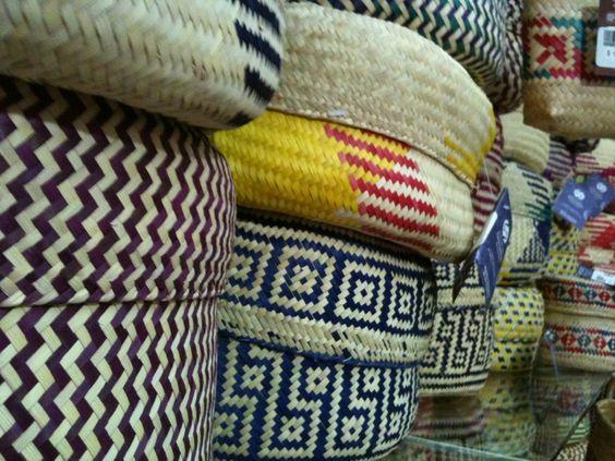 Canastas de mimbre: Canastas Cestos, My Loves, Beautiful Osier, Mexican Crafts, Handmade Art, Baskets, Basket Board, Crafts