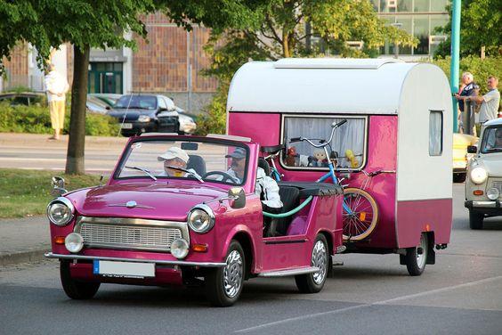 Oldtimerrundfahrt Neubrandenburg - Trabant 601 Kübel mit Wohnwagen | Flickr - Photo Sharing!