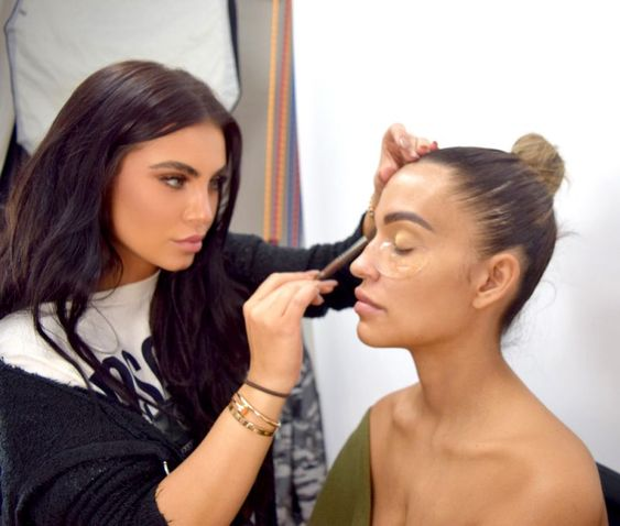 I Attended A Beauty Master Class Taught By Celebrity Makeup Artist Hrush Achemyan And I M Now A Changed Person Famous Makeup Artists Celebrity Makeup Artist Celebrity Makeup