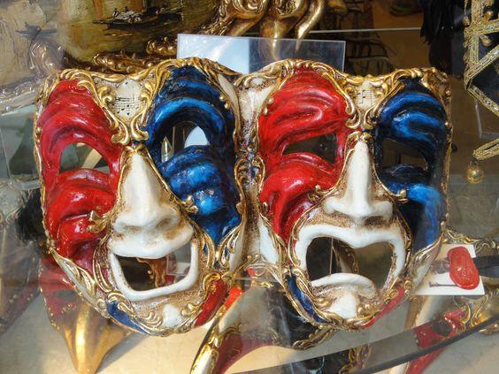 Rood/wit/blauw masker.