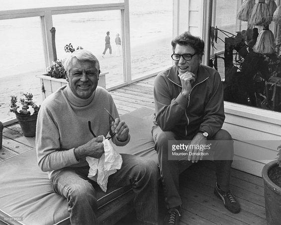 American actors Cary Grant (1904 - 1986, left) and Burt Lancaster (1913 - 1994), circa 1980.