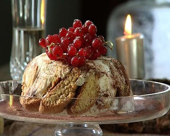 La charlotte ai cantucci uno dei dolci di natale che - Ricette monica bianchessi pronto in tavola ...