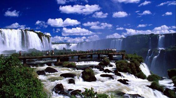 Cataratas do Iguaçu - Lado brasileiro http://aosviajantes.com.br/?p=1545