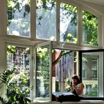 imma sucker for oversized windows and natural light in the home